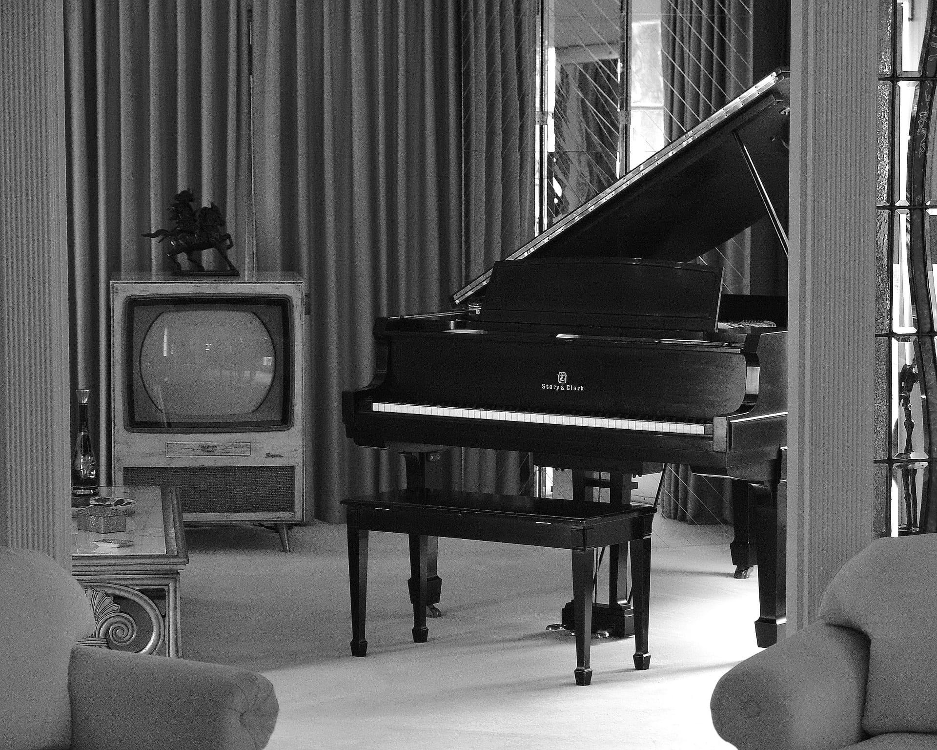 Top 8 des musiques et BO de séries à jouer au piano